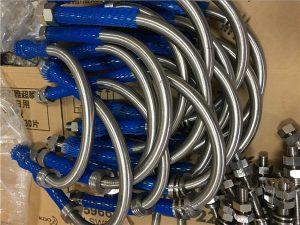No.16-Baixo preço do tubo de aço inoxidável u parafuso A2, A4